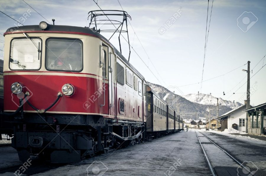 8476177-train-stock-photo-train-railway-vintage