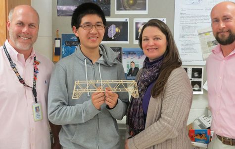 Andrew Zhang Wins BNL Bridge Building Contest