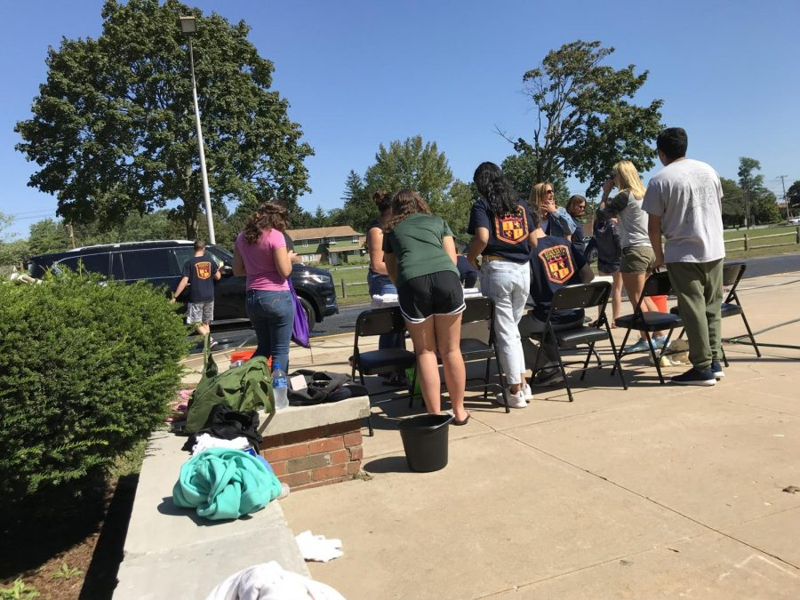 The+Spanish+Honor+Society+Hosts+Another+Successful+Car+Wash