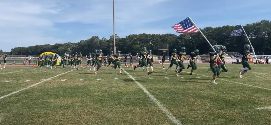 Nobody+Likes+Cheering+for+the+Football+Team+%28and+Other+Homecoming+Observations%29