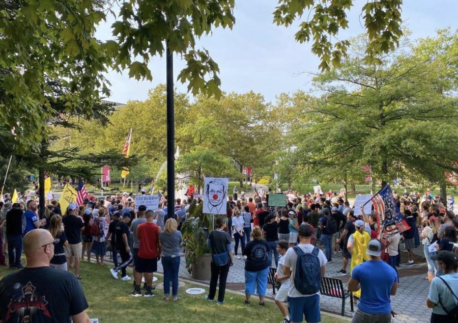 Stony Brook Anti-Vaccine Mandate Protests